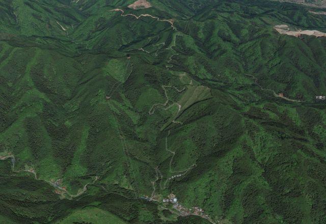 多摩市から林道盆堀線経由で入山峠までのサイクリング(刈寄山登山)