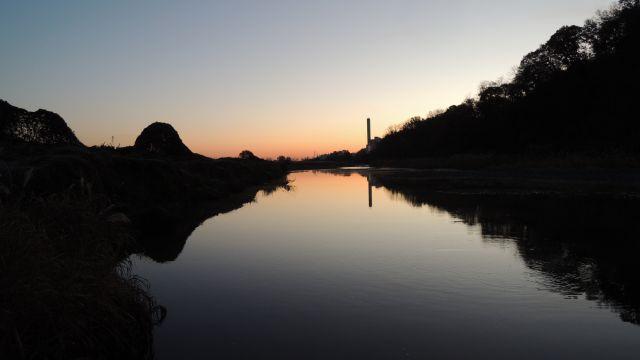大栗川の朝焼け