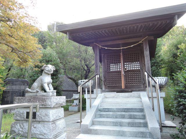 多摩市永山  御嶽神社