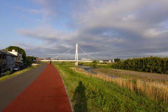 万願寺歩道橋